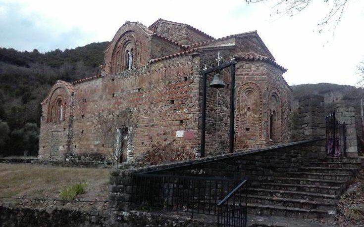 Η Κόκκινη Εκκλησία των Τζουμέρκων, σπουδαίο ιστορικό και θρησκευτικό μνημείο της Ηπείρου