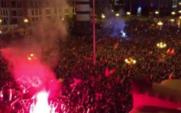 Χιλιάδες Σκοπιανοί τραγουδούσαν: «Ποτέ Βόρεια - Μόνο Μακεδονία»