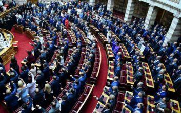 Ορκωμοσία στη Βουλή: Η τελετή, οι λαμπερές εμφανίσεις και οι δηλώσεις των βουλευτών