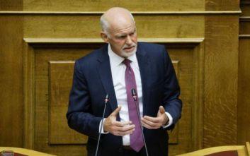 Σε «λάθος» αίθουσα της Βουλής μπήκε ο Γιώργος Παπανδρέου