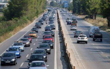 Αυξημένη η κίνηση των οχημάτων στον δρόμο προς Χαλκιδική