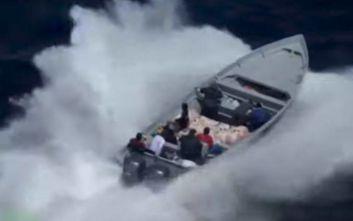 Κινηματογραφική καταδίωξη διακινητών ναρκωτικών στη θάλασσα