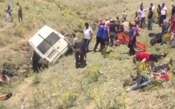 Τουρκία: Σοβαρό τροχαίο δυστύχημα με λεωφορείο που μετέφερε μετανάστες