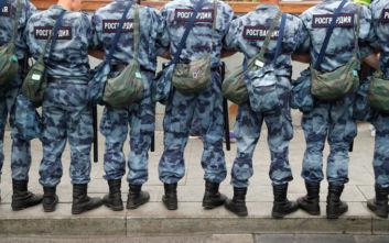 Η ρωσική αστυνομία συνέλαβε Τατάρους της Κριμαίας που διαδήλωναν στην Κόκκινη Πλατεία
