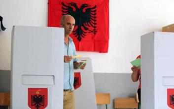 Κόντρα κυβέρνησης-αντιπολίτευσης στην Αλβανία για την αποχή στις εκλογές