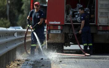 Φωτιά εκδηλώθηκε στα Αντίκυρα Βοιωτίας
