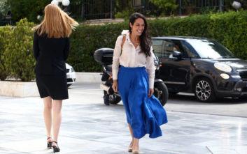 Ορκωμοσία στη Βουλή: Η άερινη Δόμνα Μιχαηλίδου έλαμπε από χαρά