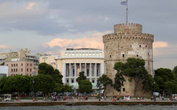 Ρουμάνοι δημοσιογράφοι του National Geographic Traveler ξεναγούνται στη Θεσσαλονίκη