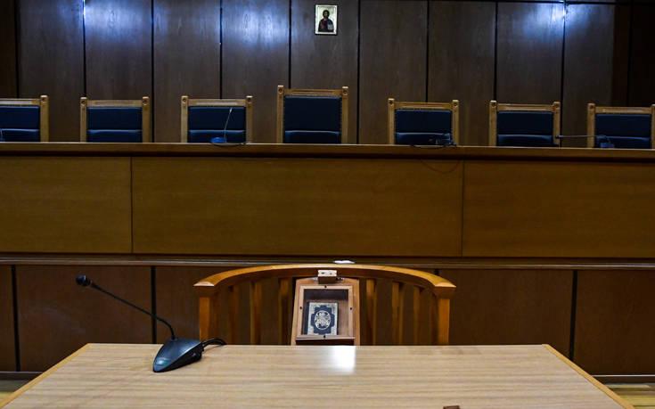 Άμεση και πλήρη επαναλειτουργία των ποινικών δικαστηρίων ζητούν οι δικηγόροι