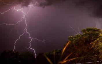 Καιρός: Έκτακτο δελτίο επιδείνωσης με βροχές, καταιγίδες και χαλάζι
