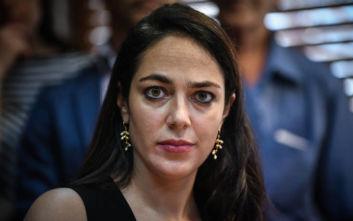 Αντιπαράθεση στη Βουλή - Μιχαηλίδου σε Φωτίου: Μην κουνάτε παρά πολύ το κεφάλι σας