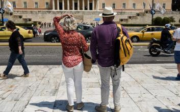 Ισχυρός σεισμός στην Αττική: Οδηγίες προστασίας για τουρίστες στα Αγγλικά