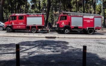 Πυρκαγιά εκδηλώθηκε σε υπαίθριο χώρο στο Μενίδι Αττικής