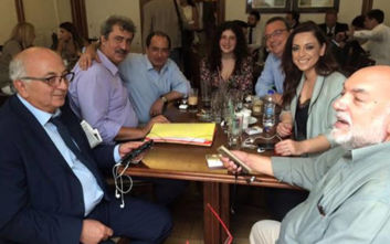 Παύλος Πολάκης: Στο καφενείο της Βουλής μετά την ομιλία του