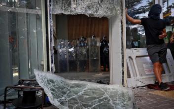 «Νίπτουν τας χείρας τους» οι ασφαλιστικές στο Χονγκ Κονγκ για ζημιές από την «κοινωνική αναταραχή»