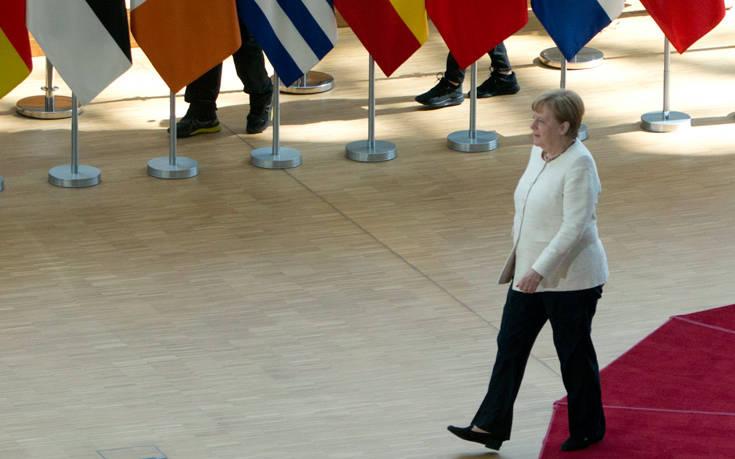 Η Άνγκελα Μέρκελ επιμένει για ισοσκελισμένο προϋπολογισμό στη Γερμανία