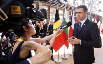 Σάντσεθ: Τίμερμανς στην Επιτροπή και Βέμπερ στο Κοινοβούλιο η βάση για συμφωνία
