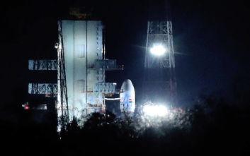 Η Ινδία ματαίωσε αποστολή προς τη Σελήνη 56 λεπτά πριν την εκτόξευση