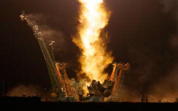 Επιτυχής εκτόξευση του πυραύλου που μεταφέρει τρεις αστροναύτες στον ISS