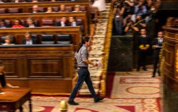 Δεν δίνουν ψήφο εμπιστοσύνης στον Σάντσεθ οι Podemos