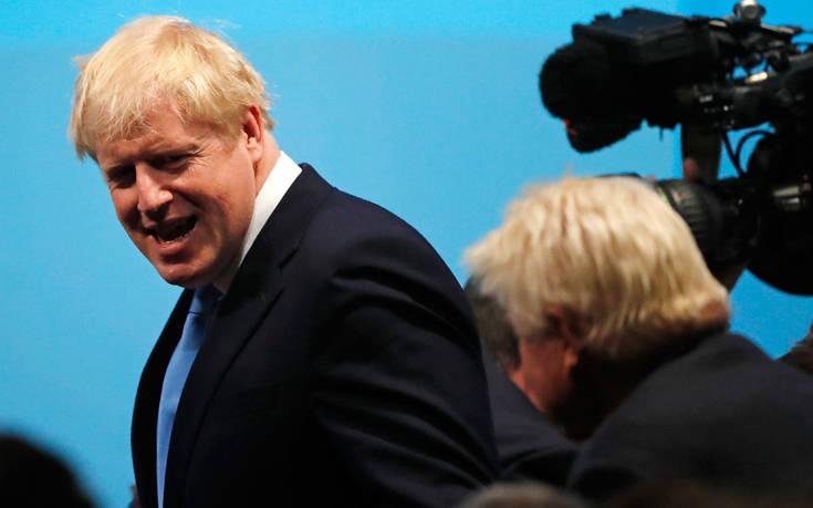 Μπόρις Τζόνσον: Ο υπέρμαχος του Brexit στη Ντάουνινγκ Στριτ