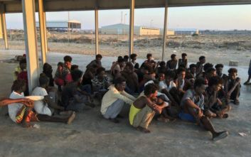 Ναυάγιο στη Λιβύη: Περισυνελέγησαν 62 πτώματα μεταναστών