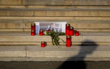 Η ολιγωρία των αρχών που οδήγησε στη δολοφονία μιας 15χρονης από τον απαγωγέα της
