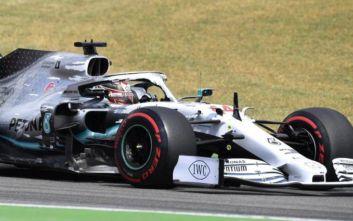 Formula 1: Λευκή λάμψη από Χάμιλτον και Mercedes, μαύρα χάλια για Ferrari
