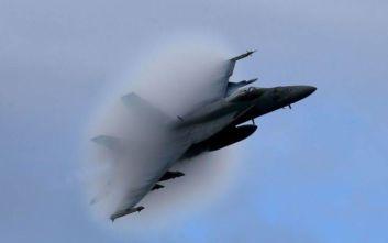 Συνετρίβη μαχητικό αεροσκάφος στην Καλιφόρνια των ΗΠΑ