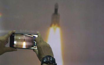 Η Ινδία έστειλε πύραυλο στο φεγγάρι
