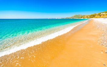 Η πανέμορφη παραλία της Σάμου