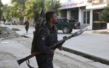 Είκοσι οι νεκροί στο Αφγανιστάν από την έκρηξη και την ανταλλαγή πυροβολισμών