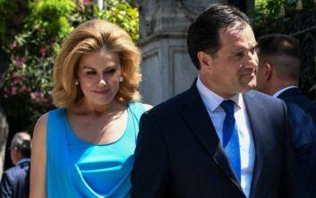 Ποιον βλέπει περισσότερο κι απ' τη γυναίκα του ο Άδωνις Γεωργιάδης;