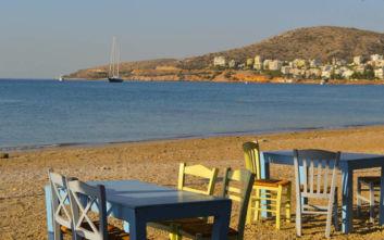 Πού να φάτε στην Αττική με φόντο τα νερά του Σαρωνικού
