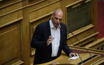 Βαρουφάκης: Δεν μπήκαμε στη Βουλή για να τιμήσουμε τον λαϊκισμό των κυβερνώντων