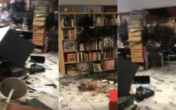 Νέο «ντου» στην Athens Voice: Έσπασαν γραφεία με λοστούς