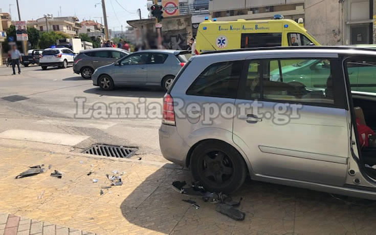 Σφοδρό ατύχημα σε διασταύρωση της Λαμίας – Newsbeast