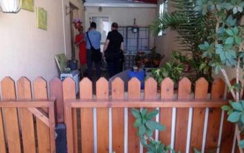 Αυτό είναι το σπίτι που βρέθηκε μαχαιρωμένη η γυναίκα στο μπαλκόνι της