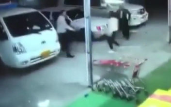 Ένας νεκρός και δεκάδες τραυματίες από τον σεισμό στο Ιράν