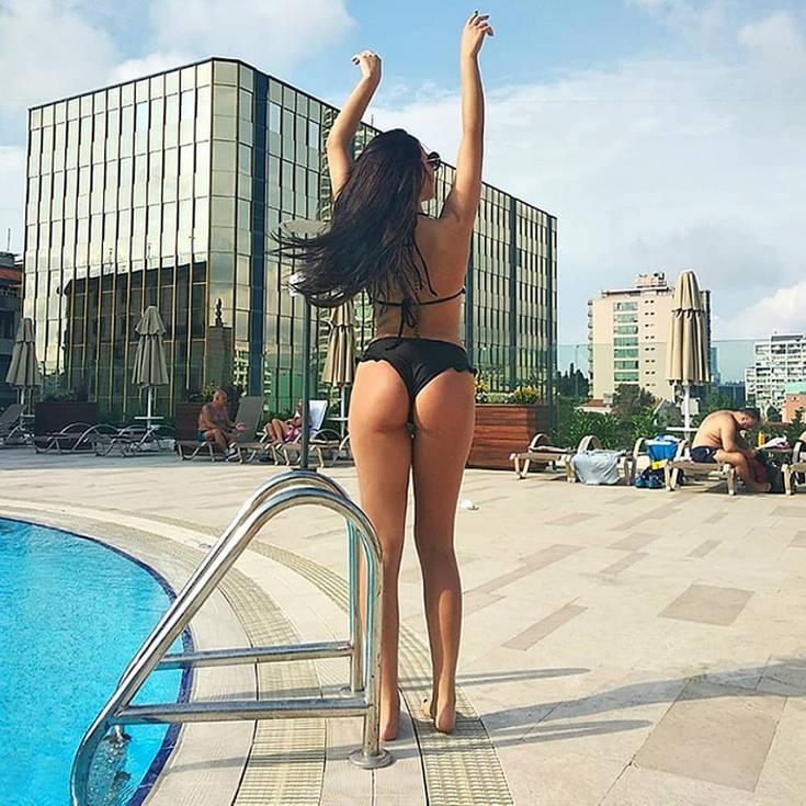 Το πρώην κορίτσι του Power of Love «κολάζει» το Instagram – Newsbeast