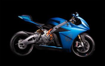 Το ηλεκτρικό superbike που πιάνει τα 350 χλμ/ώρα γίνεται πιο… ήρεμο