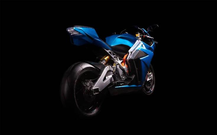 Το ηλεκτρικό superbike που πιάνει τα 350 χλμ/ώρα γίνεται πιο… ήρεμο – Newsbeast