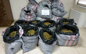 Αστυνομικός και κρατούμενος συνελήφθησαν για ναρκωτικά στην Αιτωλοακαρνανία