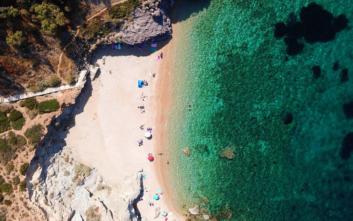 Παραλίες σε απόσταση μιας ώρας από την Αθήνα