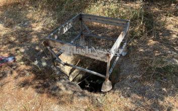 Από αυτή την τρύπα έριξαν μέσα στη σπηλιά το πτώμα της Αμερικανίδας βιολόγου