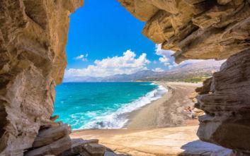 Η εντυπωσιακή παραλία στο νότιο τμήμα του Ρεθύμνου