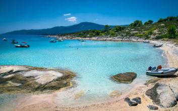 Τα άγνωστα και μικροσκοπικά νησάκια της Χαλκιδικής