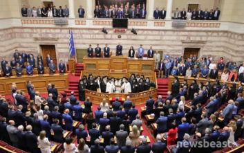 Η νέα Βουλή με πρωθυπουργό τον Κυριάκο Μητσοτάκη και τον Αλέξη Τσίπρα στην αντιπολίτευση