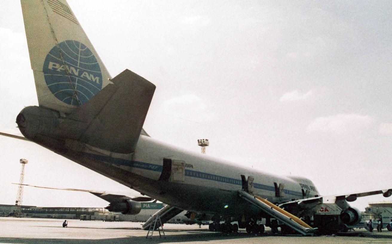 Η αεροσυνοδός που θυσιάστηκε για να σωθούν οι επιβάτες από τους τρομοκράτες