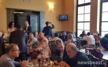 Εικόνες από το εντευκτήριο και το καφενείο της Βουλής την ώρα της ορκωμοσίας